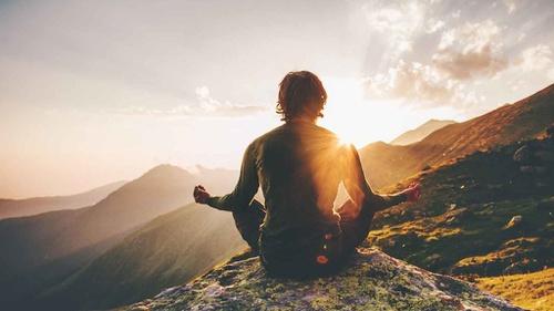 Ketahui 6 Jenis Meditasi dan Cara Melakukannya - Tirto.ID