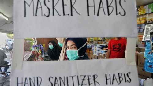 Beginilah Cara Supermarket Di Denmark Cegah Panic Buying Hand Sanitizer