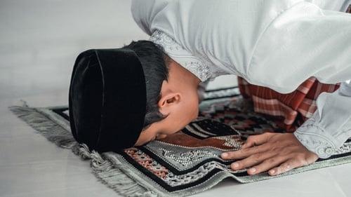 Tata Cara Jadi Imam Khatib Shalat Idul Fitri Berjamaah Di Rumah Tirto Id