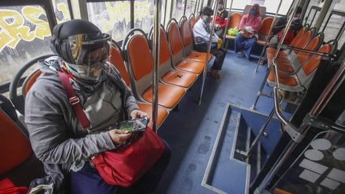 antarafoto bus gratis bantuan pemrov dki jakarta di stasiun bojong gede 150620 ysw 4 01 ratio
