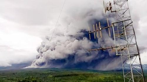 Update Erupsi Gunung Semeru 2021 Daftar Daerah Terdampak Hujan Abu Tirto Id