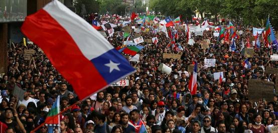 Chili Bersiap Menggulingkan Neoliberalisme Lewat Konstitusi Baru