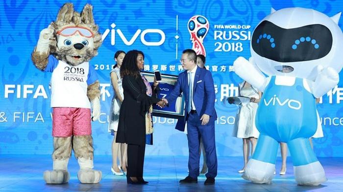 Vivo dan FIFA akan berkolaborasi untuk pertama kalinya, dan Vivo sekarang akan menjadi merek smartphone resmi dan eksklusif untuk mensponsori turnamen sepak bola bergengsi Piala Dunia FIFA 2018. FOTO/FIFA.com