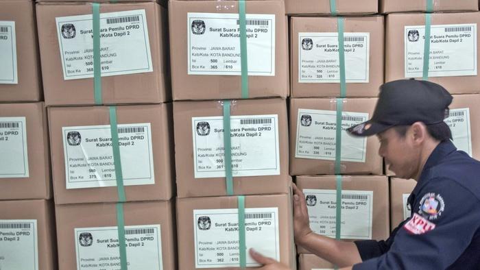 Kejanggalan Surat Suara yang Tercoblos di Malaysia Menurut KPU