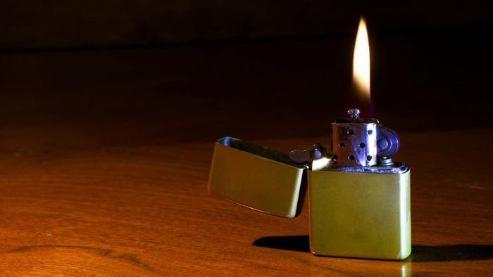 Konsumsi Rokok Elektrik Meningkat, Bagaimana Nasib Zippo?