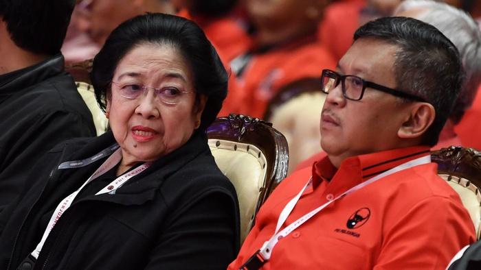 Hasto Kristiyanto & Betapa Susah KPK Tangkap Elit Partai Penguasa