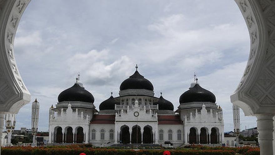 Sejarah Masjid Raya Baiturrahman Aceh Pendiri Ciri Arsitektur