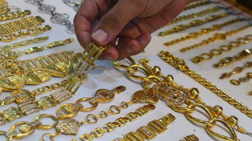 Daftar Harga Emas Perhiasan Semar 10 24k Saat Ini 22 April 2021 Tirto Id