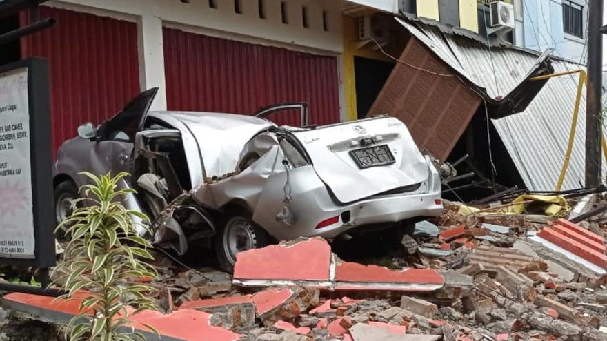 Apa yang Harus Dilakukan Saat Terjadi Gempa untuk Jaga Keselamatan -  Tirto.ID