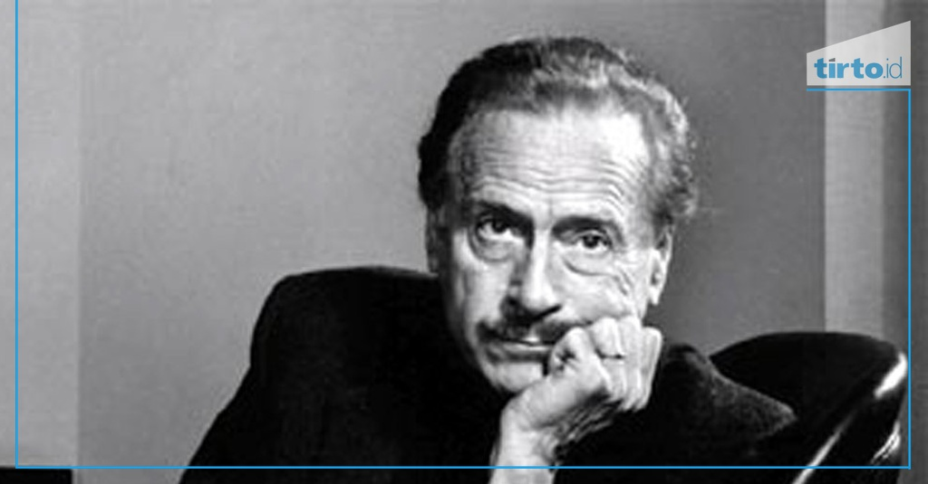 marshal mcluhan proposing a definition for Marshal mcluhan: proposing a definition for medium marshall mcluhan states in the medium is the massage that all media.