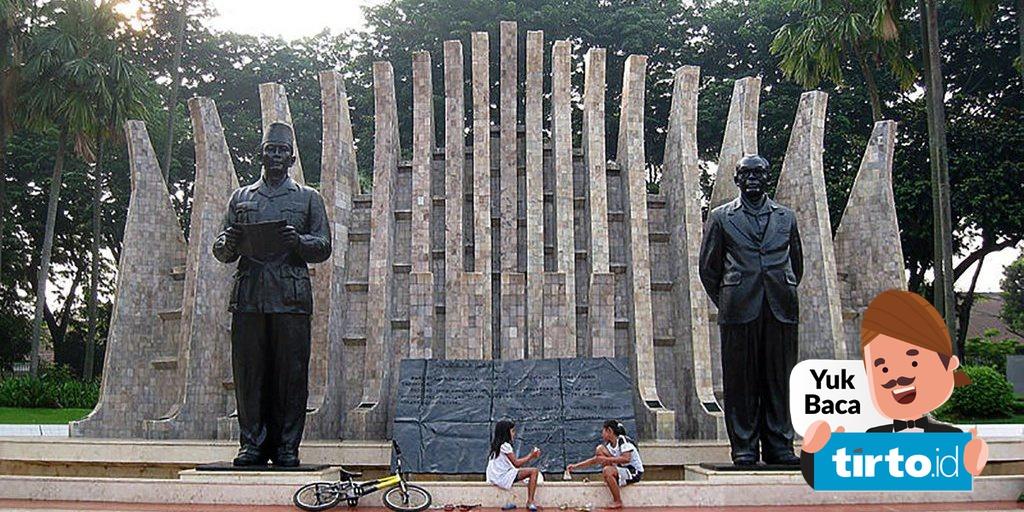 Gambar Monumen Sumpah Pemuda Sejarah Miris Tugu Proklamasi Monumen Persembahan Kaum Perempuan Tirto Id